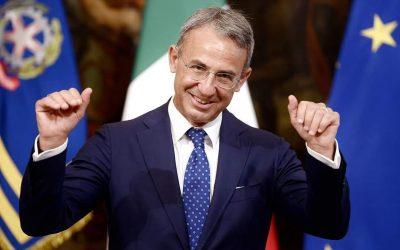 Lascia l'Ambiente Sergio Costa, un ministro che ha davvero servito con dignità e onore il suo paese